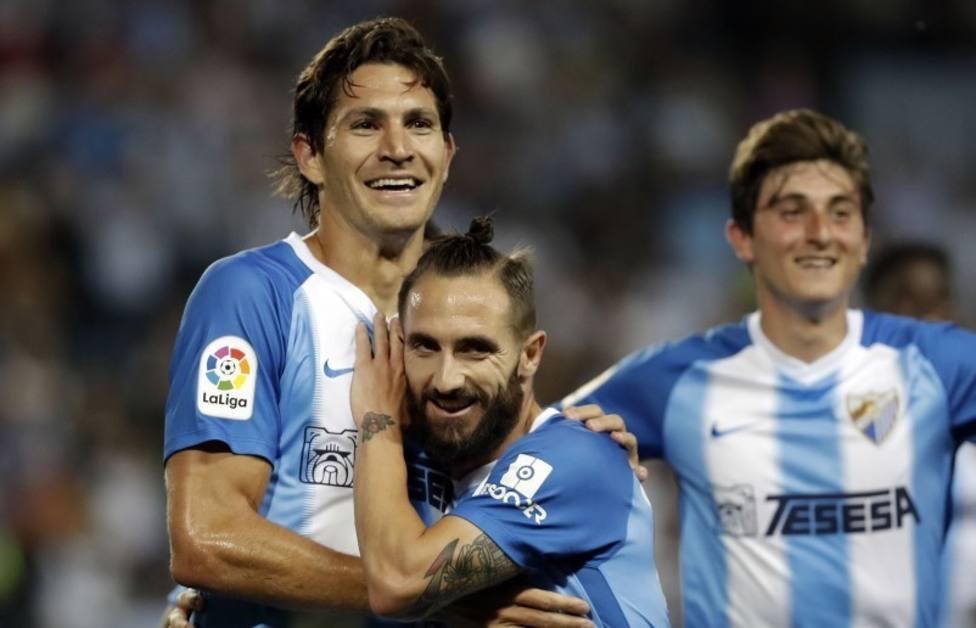 El Málaga voltea al Zaragoza y afianza su puesto en el playoff