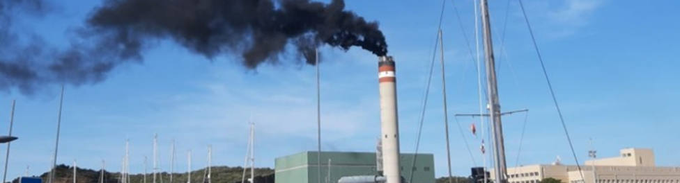 Las emisiones de la central eléctrica de Mahón