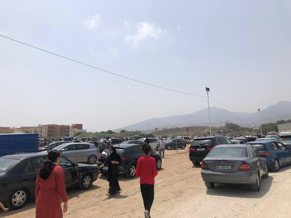 Vox pide toldos para los migrantes en la frontera de Melilla y que el Gobierno apriete las tuercas a Marruecos
