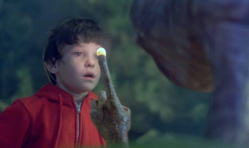 Así ha cambiado la vida del niño de E.T. 37 años después