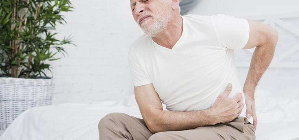 Especialistas advierten de exceso de medicación a pacientes mayores con dolor