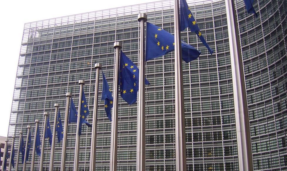 Bruselas pide a Johnson que explique los nuevos pasos que tomará tras la paralización de la votación del Brexit