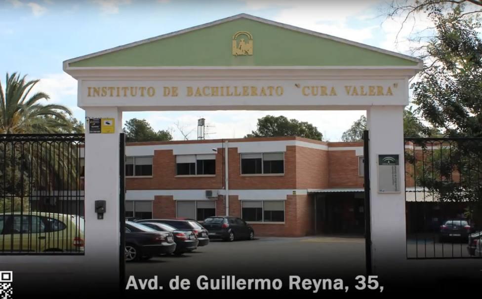 Una monitora de un instituto de Almería obliga a menores a simular una felación