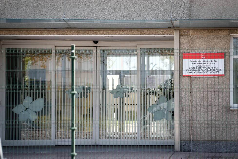 Comunidad de Madrid asumirá el control de las residencias de mayores ante el impacto en estos centros