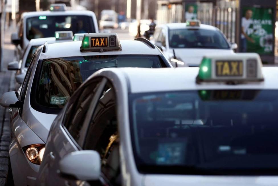 Taxis en una parada