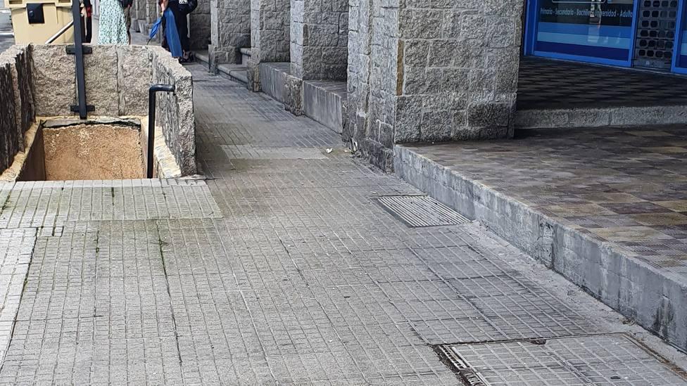 Barreras arquitectónicas en Pedro Barrié de la Maza