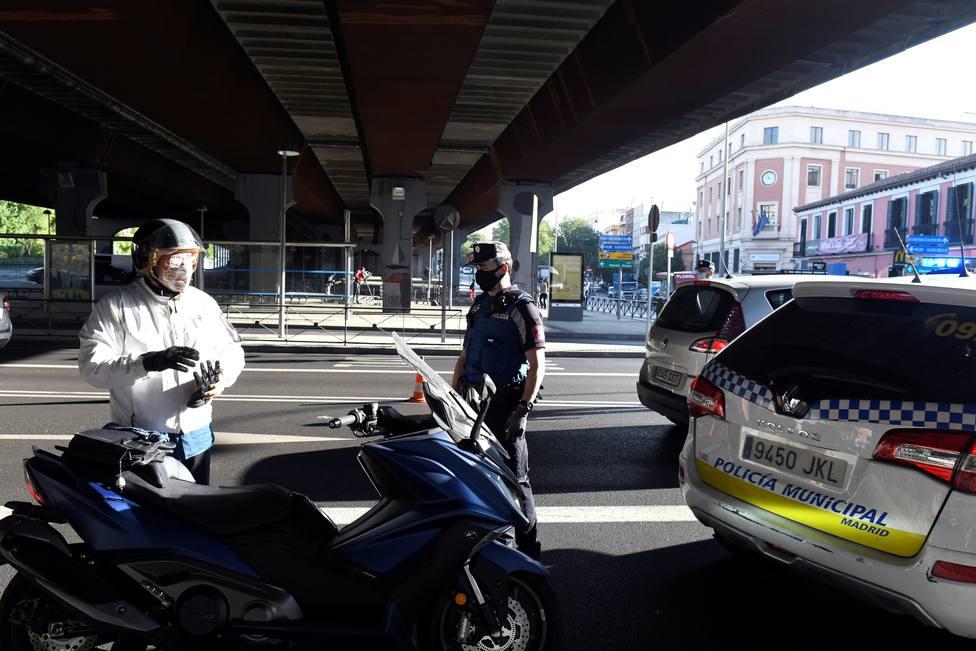 Así preparan los cuerpos policiales el cierre de Madrid: amplia presencia en la calle y flexibilidad al multar