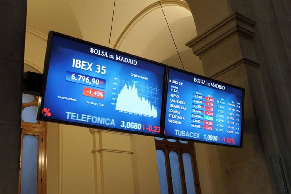 Los inversores pendientes de la Junta de accionistas del Banco Santander que puede decidir un ERE