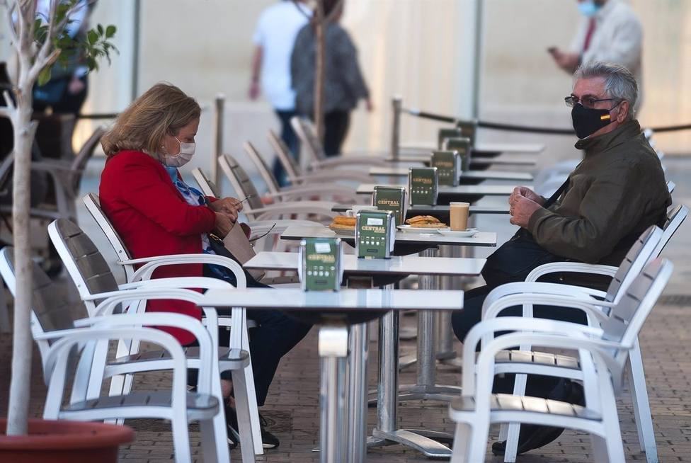 Cvirus.- La Comunidad prohíbe las reuniones entre personas no convivientes desde este jueves