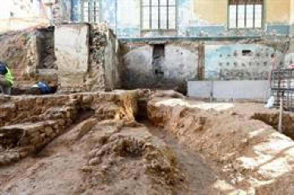 Encuentran restos romanos de más de mil años al rehabilitar un equipamiento de Rubí