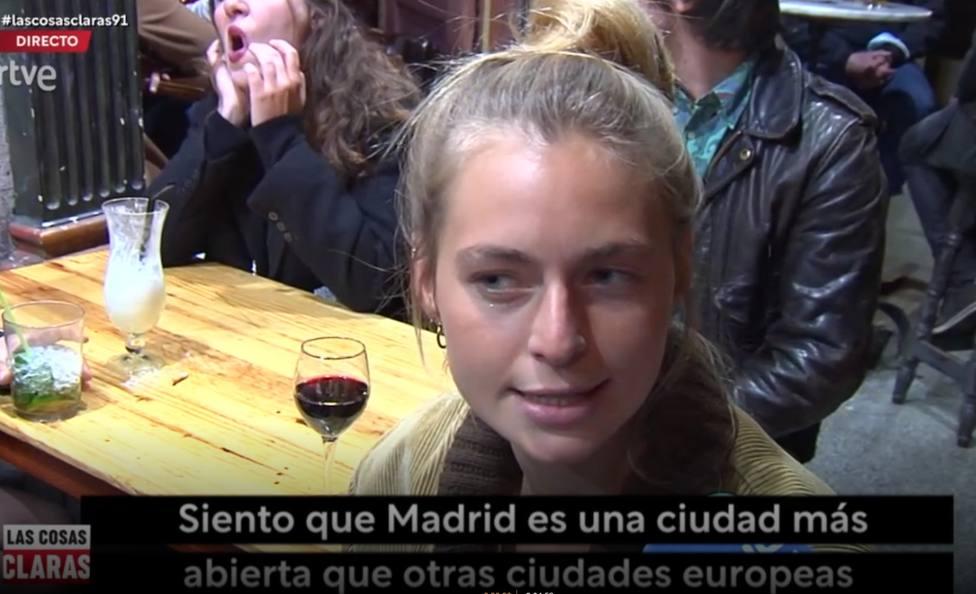Manipulación en el programa de Jesús Cintora para atacar a Ayuso: subtitulan algo que no dice una turista