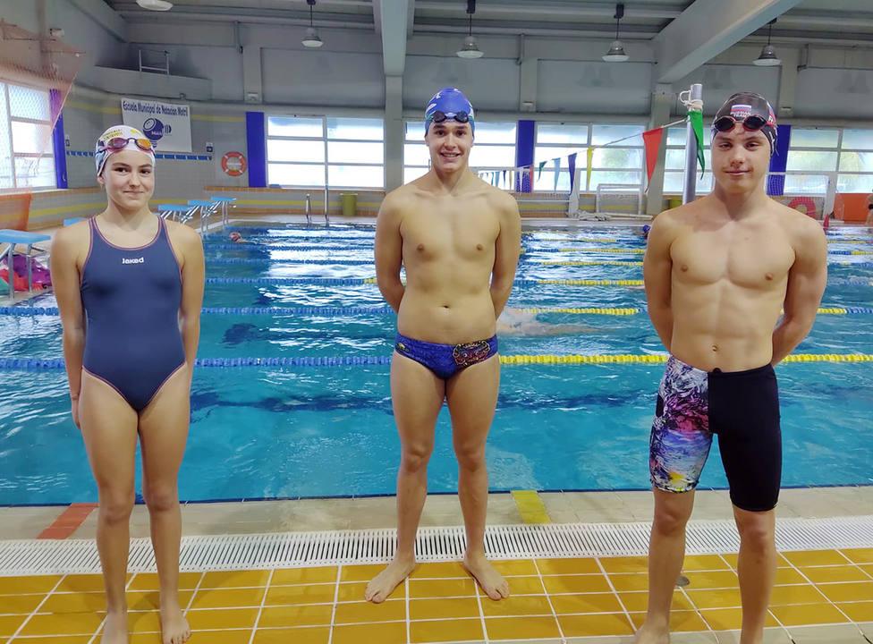 El nadador alevín Maxim Krikushov obtiene cuatro títulos de campeón de Andalucía