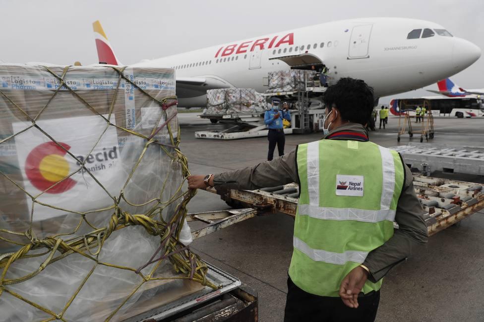 El avión de Iberia que repatriará a los alpinistas españoles atrapados en Nepal