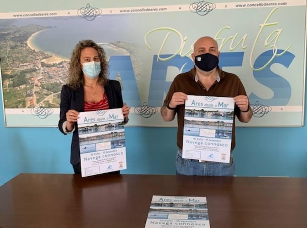 El alcalde de Ares, Julio Iglesias, y la concejala Lucía Blanco. FOTO: Concello Ares