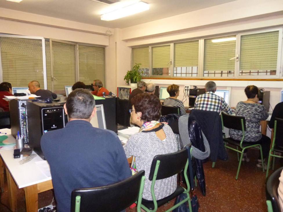 ctv-sfj-br -actividad-en-anteriores-cursos-de-educacin-permanente-en-la-provincia