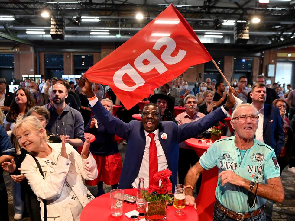 El SPD se considera legitimado para encabezar el próximo gobierno tras el gran éxito electoral en Alemania