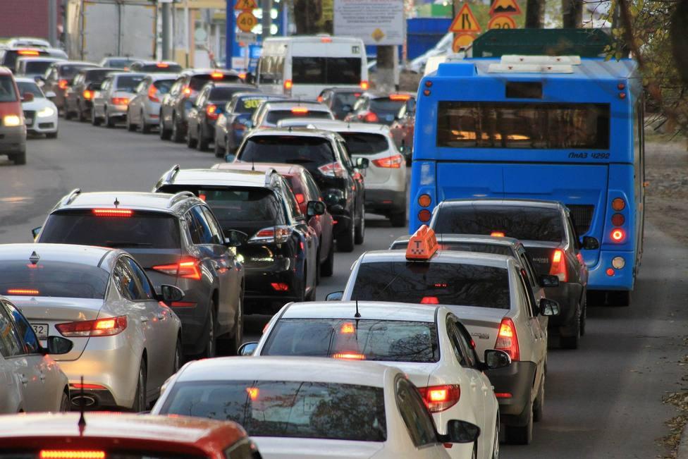 ctv-ymk-traffic-jam-gf311abdfb 1920