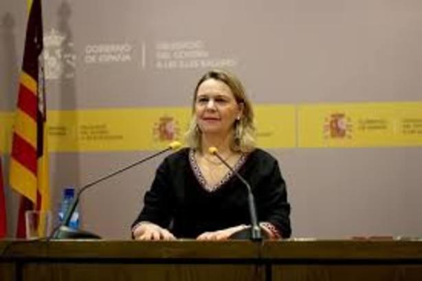 La delegada del Gobierno, María Salom, horrorizada y preocupada por el futuro de España