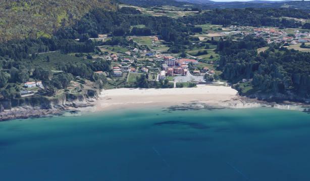 Vista aérea de la zona de costa de Ber, en Pontedeume