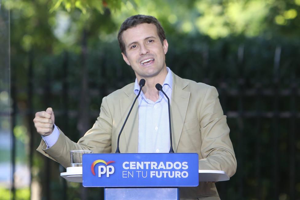 Casado a Sánchez: No se trata de rematar la faena sino de evitar que siga haciendo una faena a los españoles