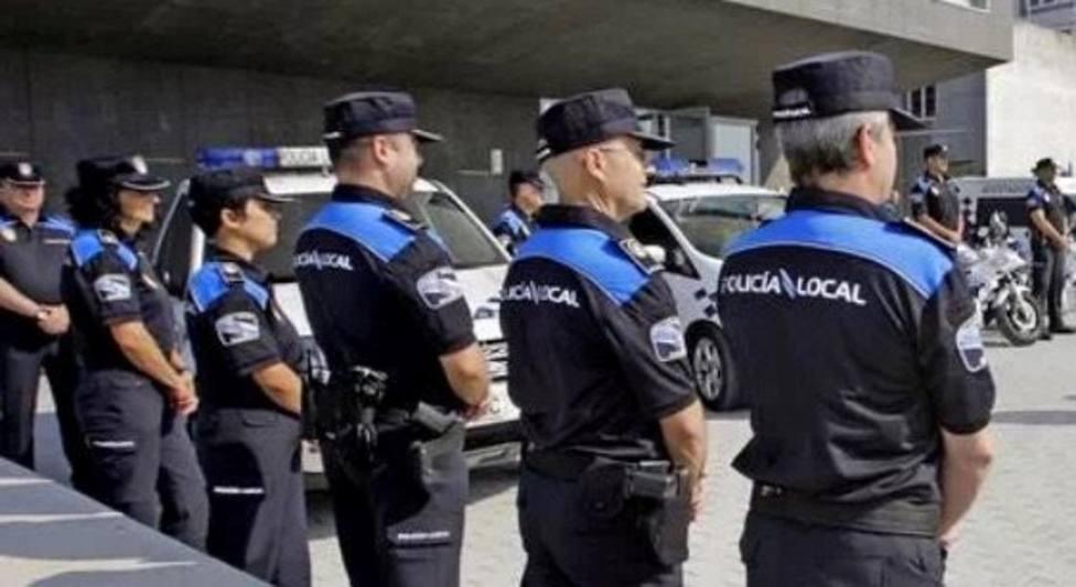 Buscan a un conductor que se dio a la fuga y puso en peligro a peatones tras un accidente en Lugo