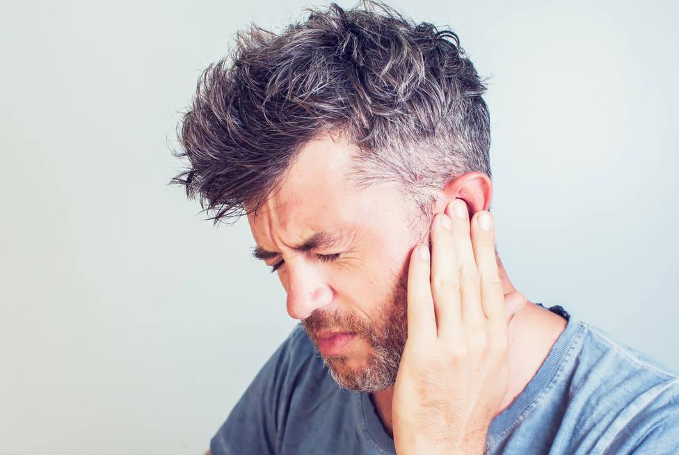 ¿Por qué nos duelen los oídos cuando hace frío?