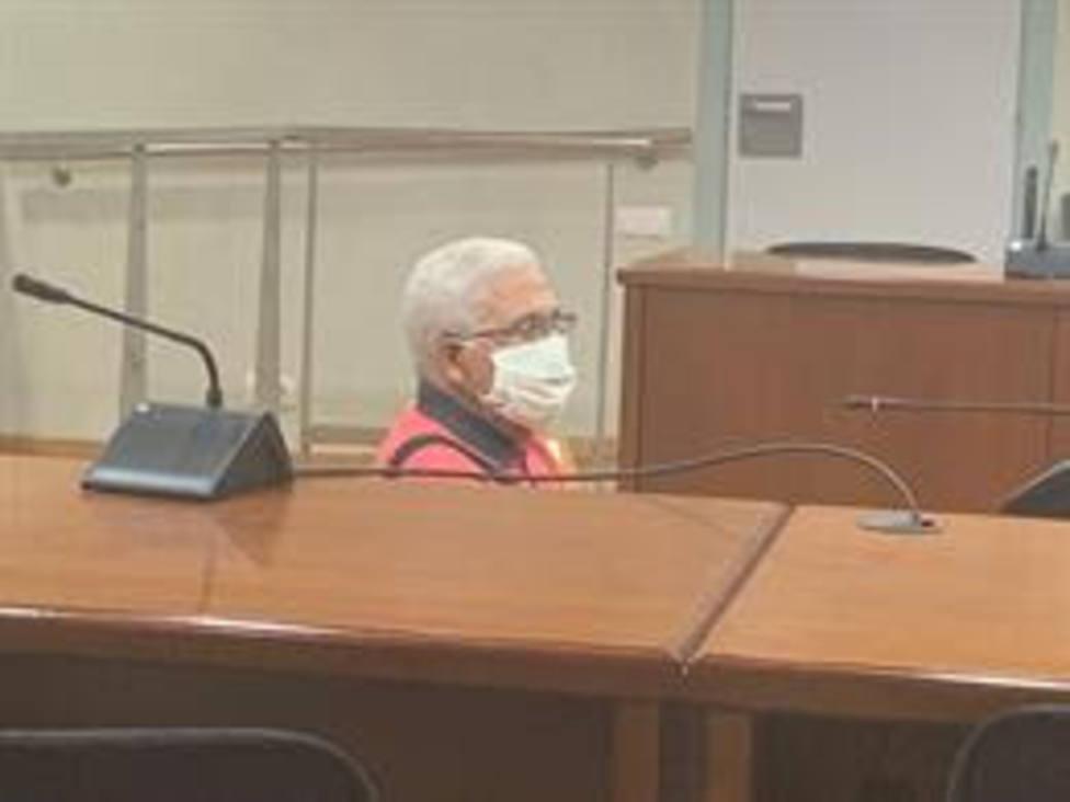 Juicio a un hombre acusado de abusar de su nieta