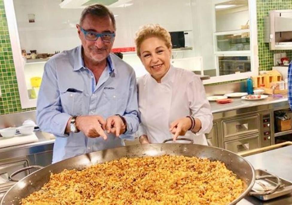 Carlos Herrera con Susi Díaz, chef del restaurante La Finca de Elche