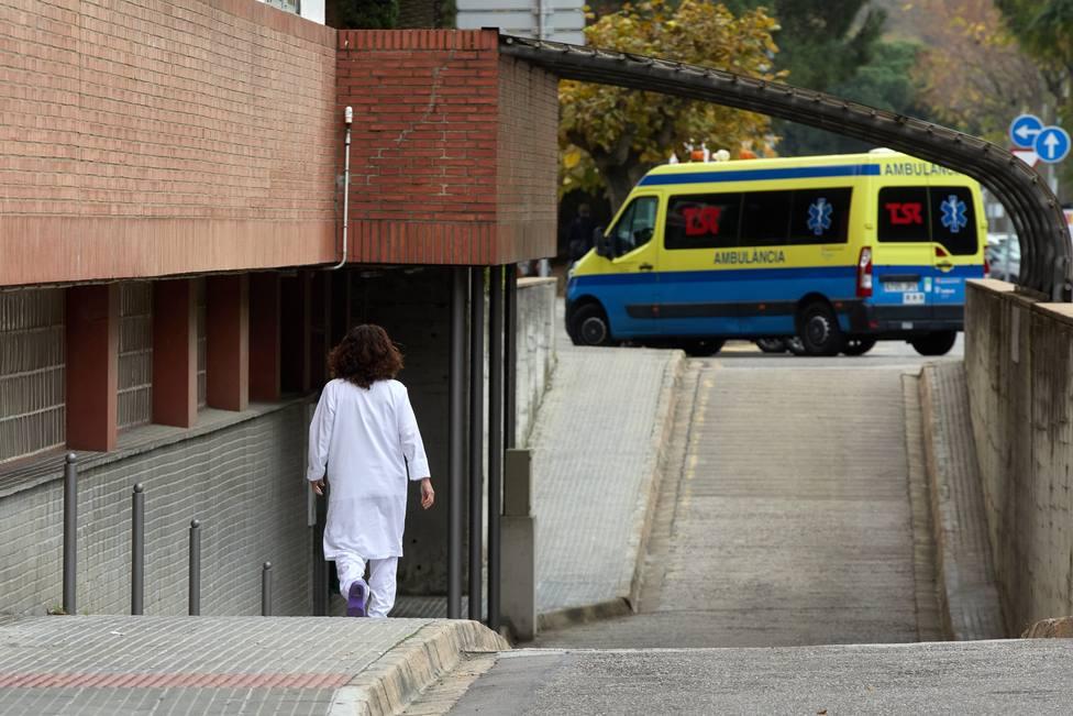 Los hospitales reciben nuevos pacientes de covid-19