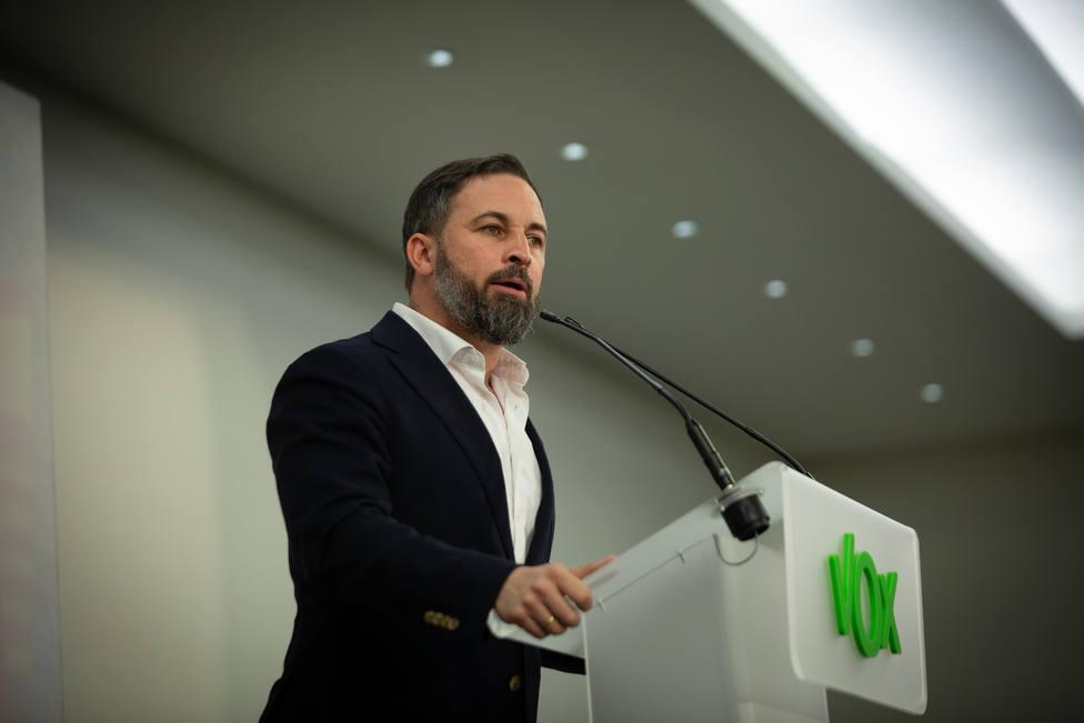 Abascal recuerda al PP que la unidad no puede ser a cualquier precio y le acusa de pactar con el PSOE
