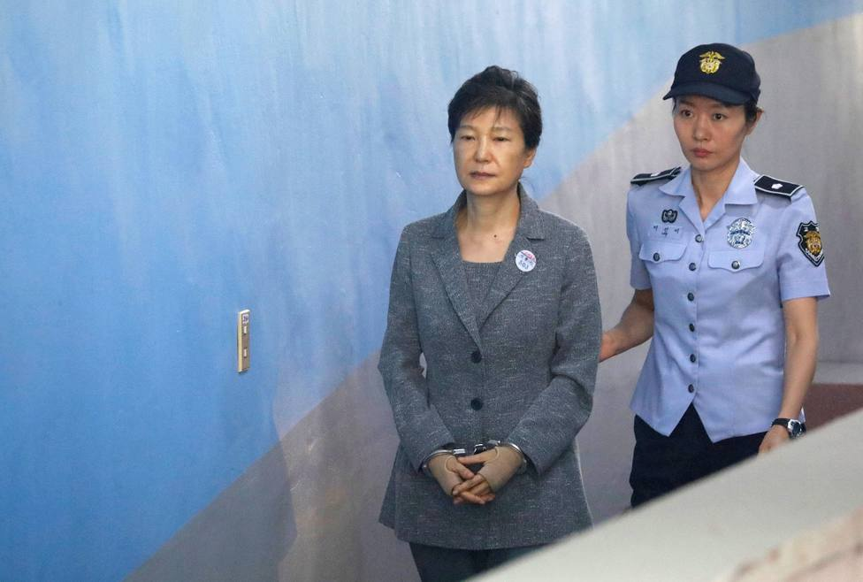 South Koreas top court upholds jail sentence in former presidents corruption trial