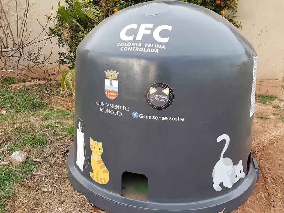 El ayuntamiento de Moncofa ya ha instalado el primer contenedor-refugio para gatos