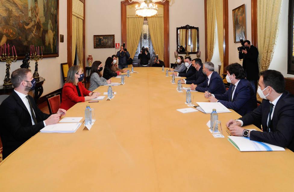 Reunión de las administraciones sobre el futuro del puerto de A Coruña