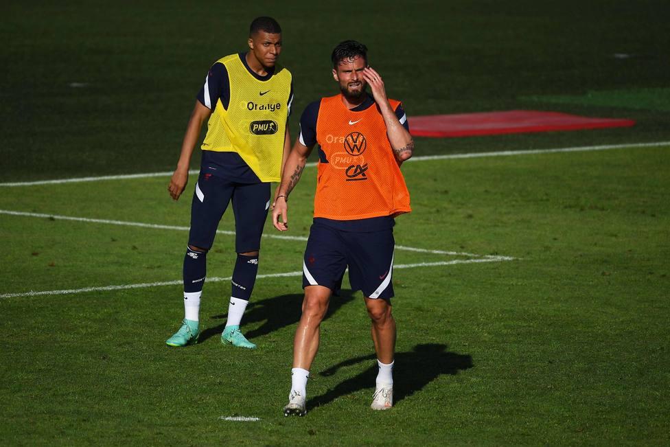 Mbappé y Giroud