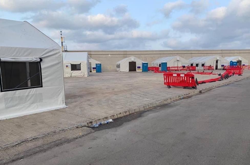 ctv-obv-inmigrantes-campamento-puerto-2