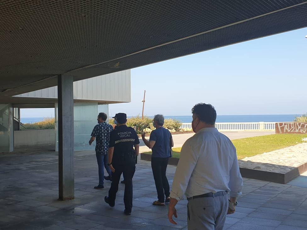Pérgola del paseo de Santa Bárbara (Cádiz)