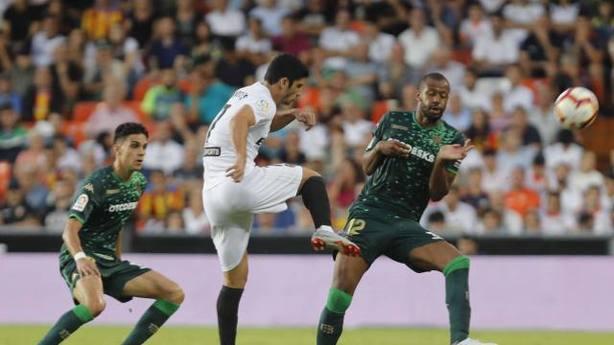 Valencia y Betis empatan 0-0 en Mestalla (@LaLiga)