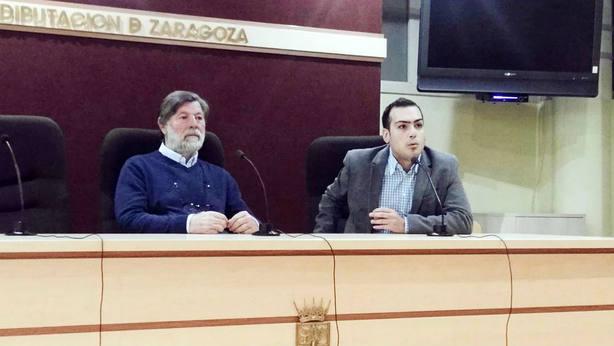 Juan Sánchez Fabrés y Antonio Solís durante el coloquio en el coso de La Misericordia