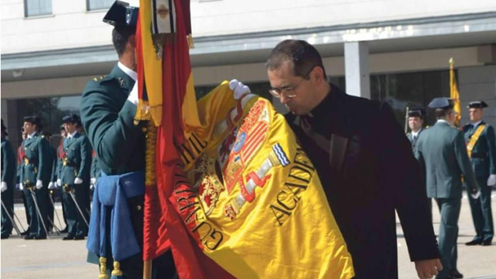 El guardia civil que luchó contra ETA y que ahora es sacerdote