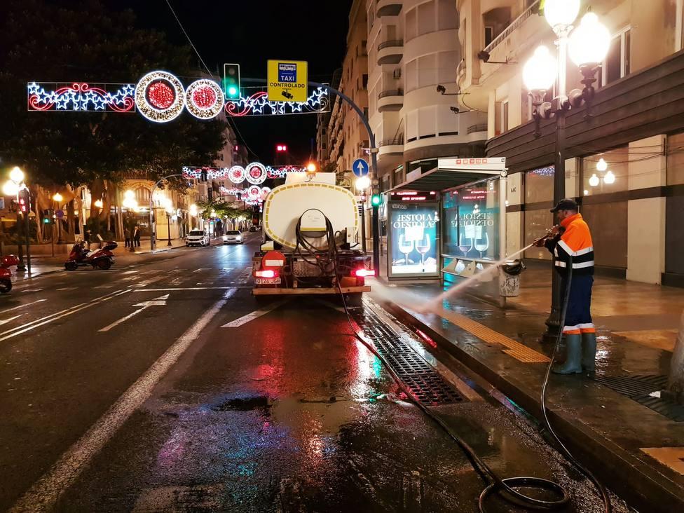 Dispositivo de limpieza del Ayuntamiento para Navidad (Ayuntamiento)