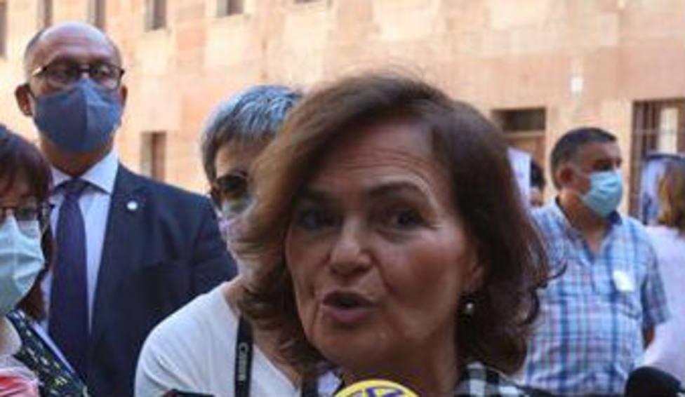 Carmen Calvo responde a los periodistas