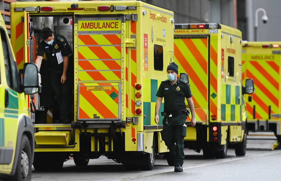 Repuntan los fallecidos en Reino Unido tras registrar 343 muertes en un solo día