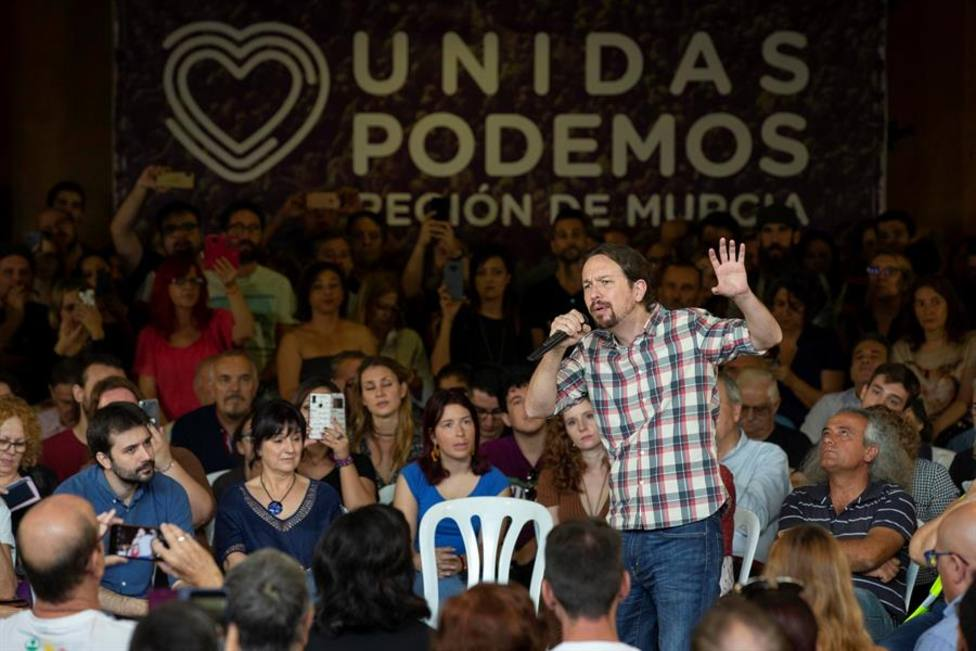 El secretario general de Podemos Pablo Iglesias, durante su intervención en un encuentro con representantes de