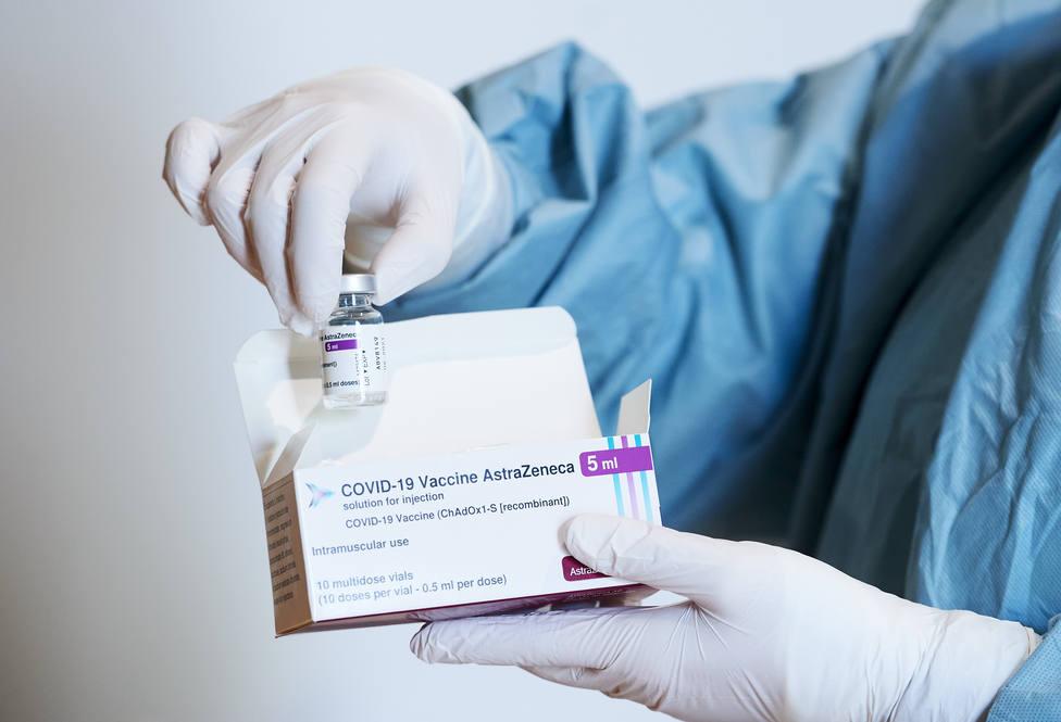 España bate el récord en el número de vacunas inoculadas: 481.910 en el último día