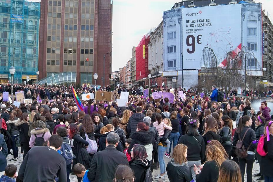 La Comisión 8-M reclama a los sindicatos que convoquen huelga de 24 horas el 8 de marzo, Día de la Mujer Trabajadora