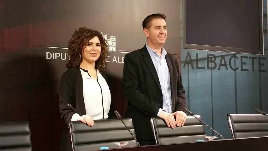 Mari Luz Fresneda (FADEMUR).Santiago Cabañero. Pres. Diputación Albacete