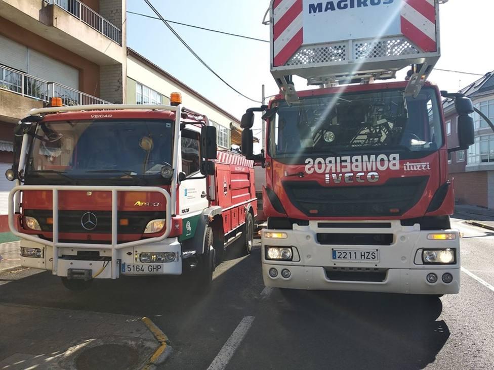 Foto de archivo de un vehículo del GES de Mugardos y de los Bomberos de Ferrol - FOTO: GES Mugardos