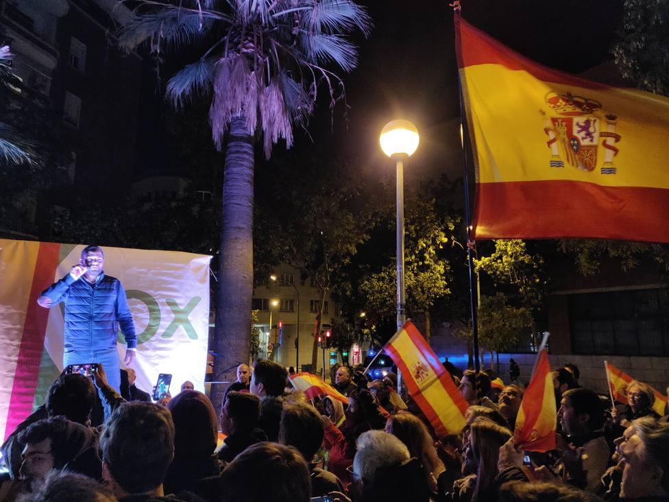 Vox apela al espíritu de reconquista al cerrar la campaña en Cataluña