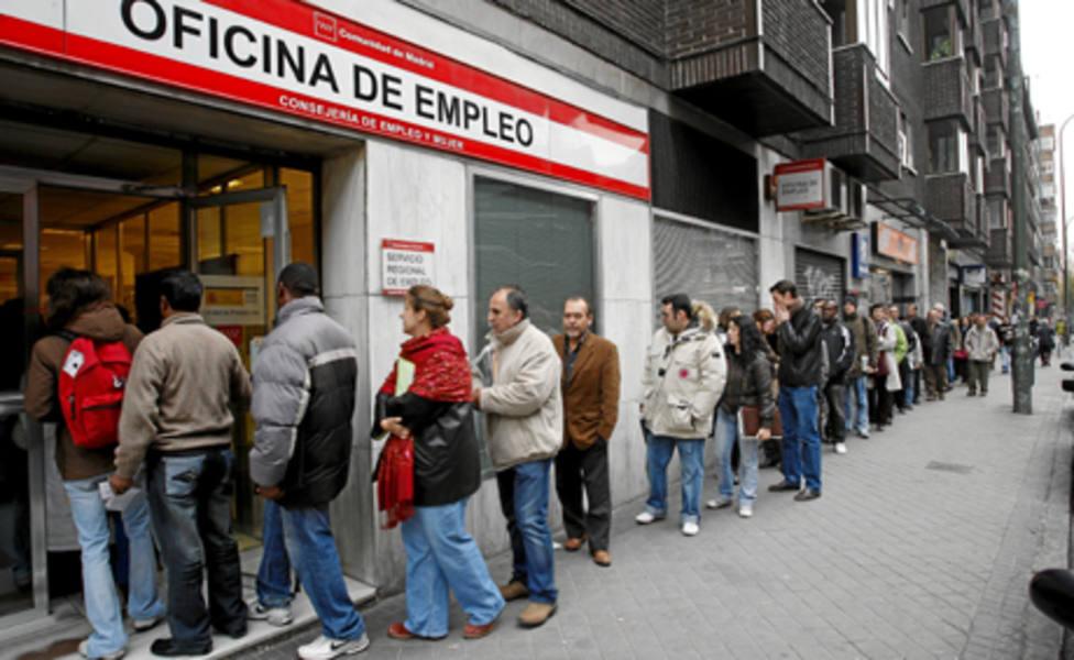 El gasto de paro se eleva por primera vez desde 2013 a raíz de las políticas de Sánchez