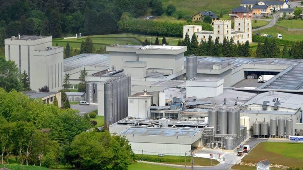 Factoría de Reny Picot - ILAS (Industrias Lácteas Asturianas) en Navia